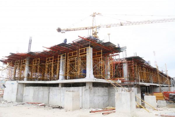 ความก้าวหน้าโครงการก่อสร้างอาคารเรียนปฏิบัติการด้านสังคมศาสตร์ 1 กลุ่ม
