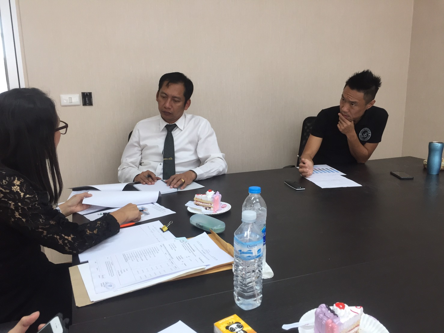 ประชุมศูนย์เพื่อเตรียมความพร้อมรับการตรวจประเมินมาตรฐานการศึกษา